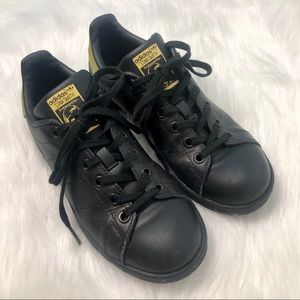 Stan Smith Adidas Black and Gold Sneakers